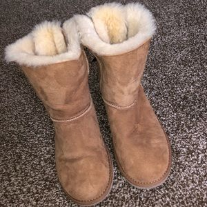 AUTHENTIC UGG BAILEY BOW BOOT